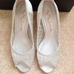 Ladies NINA Fifi silver dress shoes.  Like new!